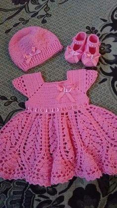 Crochet Baby Dress Free Pattern, Crochet Toddler Dress, Baby Sweater Patterns, Baby Dress Patterns, Baby Girl Crochet, Crochet Doll Clothes, Crochet For Kids, Baby Knitting Patterns, Crochet Patterns