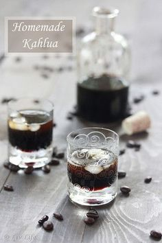DIY Homemade Kahlua - I am so making this! Kahlua is my favorite! Party Drinks, Cocktail Drinks, Fun Drinks, Yummy Drinks, Cocktail Recipes, Cocktails, Liquor Drinks, Drink Recipes, Homemade Kahlua