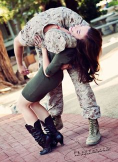 :) I love military couples. Military Couple Pictures, Military Couples, Military Love, Military Photos, Army Love, Couple Pics, Military Weddings, Military Families, Couple Shoot
