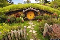Waikato, New Zealand... backpacking to all the Lord of the Rings filming locations, staying at the Hobbit Motel!