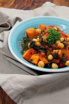 Rezept: Herbstliches Kürbis-Curry mit Kichererbsen und Spinat (vegan) | Projekt: Gesund leben | Blog über Ernährung, Bewegung und Entspannung