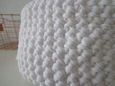 Körbe - Häkelkorb PURE WHITE Puristischer Korb Textilgarn - ein Designerstück von flowerchildflowerchild bei DaWanda