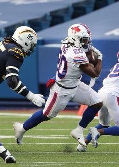 Buffalo Bills Football, Giants Football, Football Players, Football Helmets, Football Pictures, Football Wallpaper, Big Trucks, Athletics, Fan