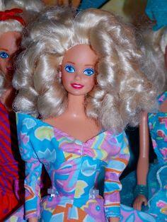 Barbie 90s, Vintage Barbie Dolls, Barbie World, Barbie And Ken, Barbie Stuff, Old Fashioned Toys, Realistic Barbie, Face Mold, Glamour Dolls