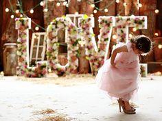 Cute flower girls alert! Amanda Wyatt BRIDESMAIDS • Wedding Ideas magazine