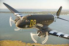 Douglas DC-3 Dakota/Douglas C-47 Skytrain