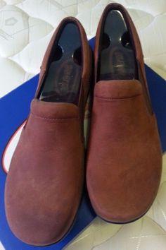 Check out New in box Klogs Geneva slip on walking shoes size 10  #KLOGS #LoafersMoccasins #Casual http://www.ebay.com/itm/-/291878507648?roken=cUgayN&soutkn=V6PDJZ via @eBay