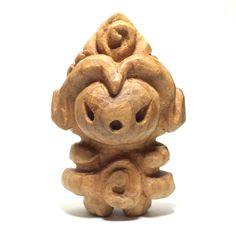 木彫り土偶10号