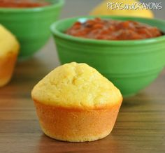 Ultra fluffy bakery-style cornbread muffins that are full of flavor. They're so unbelievably soft and fluffy! Fun Baking Recipes, Muffin Recipes, Breakfast Recipes, Cooking Recipes, Brunch Recipes, Freeze Ahead Meals, No Cook Meals, Sweet Cornbread Muffins, Corn Muffins