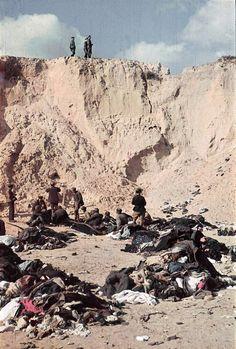 Mordstätte:  Über 33.000 Juden ermordete das Sonderkommando 4a der deutschen...