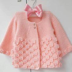 # D … – Stricken sie Baby Kleidung Baby Girl Patterns, Baby Sweater Patterns, Knit Baby Sweaters, Girls Sweaters, Baby Knitting Patterns, Knitted Baby, Baby Cardigan, Knit Baby Dress, Knitting For Kids