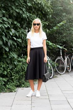 Todays Outfit – Mid Lenght Skirt And Sneakers Basic, classic, perfect Pentecostal day outfit