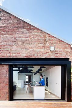 Former Industrial Warehouse Converted Into Versatile Living Space - http://freshome.com/industrial-warehouse-conversion/