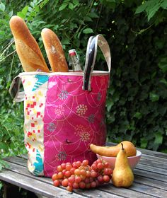 Molly's Sketchbook: Echino Oilcloth Grocery Tote - The Purl Bee - Knitting Crochet Sewing Embroidery Crafts Patterns and Ideas!