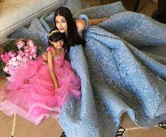 Cannes 2017: Queen Aishwarya Rai Bachchan poses with her princess Aaradhya
