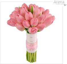 Coral Tulip Bouquet   As Túlipas representam elegância e sensibilidade.