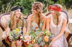 21 Stylish Bohemian Wedding Ideas (headbands: three bird nest)
