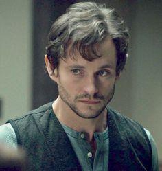 Hugh Dancy as Will Graham (adorable puppy face <3)