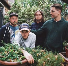 PUP share anthemic new track Kids