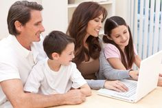 4 Considerations Before Uploading Family Photos Online | 3103 Communications #CyberSavvyParenting