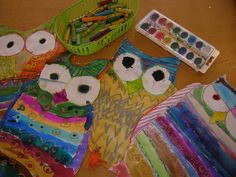 First graders made these adorable pattern owls in two 55 minute art classes. We read The Little White Owl  and Owl Moon  for inspiration a...