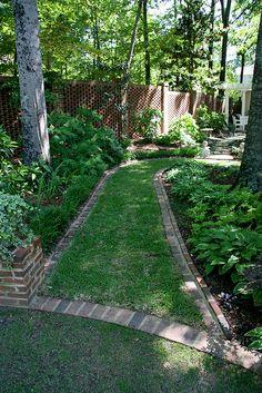 Brinker Garden - grass path by Pandorea. Garden Oasis, Lawn And Garden, Garden Path, Garden Edging, Shade Garden, Dream Garden, Backyard Landscaping, Garden Inspiration, Land Scape
