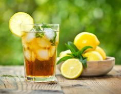 How to Make Iced Tea - In The Playroom