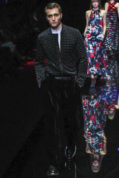 Emporio Armani Collection Autumn/Winter 2017 Ready to Wear Collection