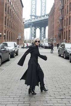 At 63, 'Accidental Icon' Lyn Slater breaks fashion barriers - TODAY.com