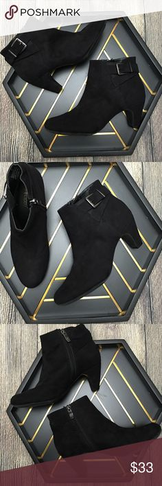 Sam & Libby black Marley Buckle Ankle Boot size 7 Excellent condition, worn maybe once or twice, lots of photos to show how these are practically like new. Black. Silver buckle. Size 7 (L2) Offers warmly received. Sam & Libby Shoes Ankle Boots & Booties