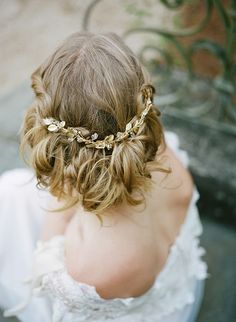 Beautiful wedding hair with gold hair piece by Lacielle Roselle, hair by Terilyn Brown. Image by Archetype Studio. Romantic Bridal Hair, Wedding Updo, Wedding Hair And Makeup, Bridal Beauty, Hair Makeup, Romantic Updo, Best Wedding Hairstyles, Cool Hairstyles, Baddie Hairstyles