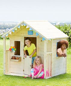 Perfect for little one's with big imaginations to conjure up fun stories and scenarios on their own house!