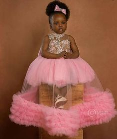 Beautiful little princess. Little Girl Pageant Dresses, Little Girl Dresses, Flower Girl Dresses, Flower Girls, Girls Dresses, Baby Dress Design, Baby Girl Dress Patterns, African Dresses For Kids, Latest African Fashion Dresses