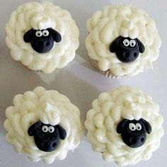 Sheep cupcakes - perfect for a Timmy Time birthday party! Lamb Cupcakes, Sheep Cupcakes, Easter Cupcakes, Fun Cupcakes, Birthday Cupcakes, Cupcake Cookies, Farm Animal Cupcakes, Cupcakes Decorating, Decorating Ideas