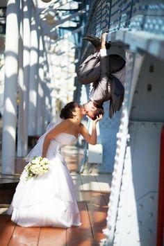Si quieres un texto para invitaciones de boda original, no te pierdas estos ejemplos. Textos para invitaciones de boda divertidos, románticos y clásicos!
