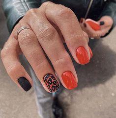 hansen chrome nail makeup pure chrome art makeup design blue prom dress makeup nail d Chic Nails, Stylish Nails, Stars Nails, Gel Nails, Acrylic Nails, Chrome Nail Art, Leopard Nails, Hair Skin Nails, Funky Nails