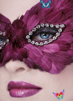 stellaresque42 Dior by Tyen photographer and creative director of Dior Make-Up<br> Purple Haze, Shades Of Purple, Purple Lips, Blue Eyes, Purple Sparkle, Costume Venitien, Paper Mache Mask, Feather Mask, Beautiful Mask