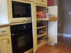 love this pantry idea