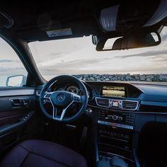 Good morning everyone! What a beautiful interior to watch the sunrise in! #MBPhotoPass @mattmagnino #mbphotocredit #mbsummer #summer #mercedes #benz #instacar #luxury #germancars #carphotography #carsofinstagram #IL #Illinois #Chicago #mercedesbenz #e #eclass #e550 #sedan #designo