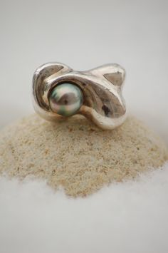 Objeti - silver ring with Tahitian pearl