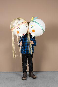 Heute: Leuchtballonfiguren. Für alle, die verpennt haben eine Laterne zu basteln, als fixes zusätzliches Geschenk zum Kindergeburtstag oder Ferienbeschäftigung. Diy For Kids, Crafts For Kids, Diy Crafts, Pow Wow Party, Special Occasion, Backdrops, Balloons, Girly, Gift Wrapping