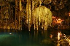 Cenotes (Höhlen) von Dzitnup, Playa del Carmen - Valladolid