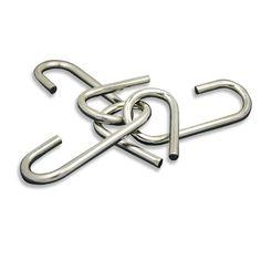 Puzzle de metal tres ganchos Compralo en http://www.puzzlesingenio.com/juegos-de-acero-medianos/242-puzzle-tres-ganchos-mediano-puzzle-acero.html