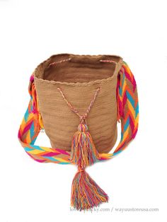 Shop for crossbody on Etsy, the place to express your creativity through the buying and selling of handmade and vintage goods. Summer Bags, Macrame, Fancy, Handbags, Chic, Creative, Stuff To Buy, Etsy, Accessories