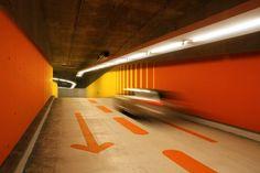 Europäische Investionsbank EIB, Luxemburg - Tiefgarageneinfahrt - ingenhoven architects international - TROPP LIGHTING DESIGN