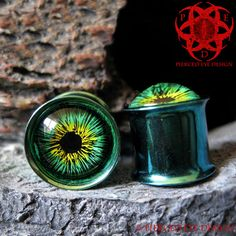 Green  Yellow Eyes Ear Plugs gauged ears 00g hand painted
