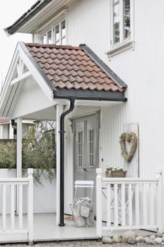White Cottage ( by Vibeke Design )