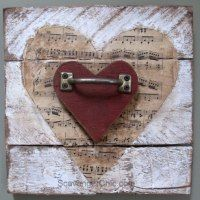 Valentine's wooden heart - pallet wood, vintage sheet music and rust . Valentine's wooden heart – pallet wood, vintage sheet music and rusty junk upcycle Used Pallets, Recycled Pallets, 1001 Pallets, Heart Diy, Heart Crafts, Vintage Sheet Music, Vintage Sheets, Diy Pallet Projects, Woodworking Projects