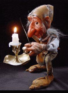 Fairy~goblin~gnome, lovely creature - Buddy The Elf Woodland Creatures, Magical Creatures, Fantasy Creatures, Fantasy Kunst, Fantasy Art, Dragons, Gif Animé, Animated Gif, Fairy Art