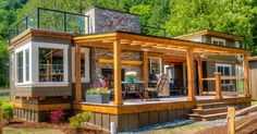 love the look of this tiny house